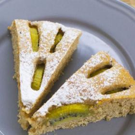 Kiwi and ricotta tart