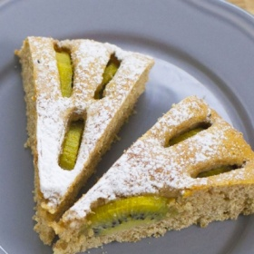 Tarta de kiwi y requesón